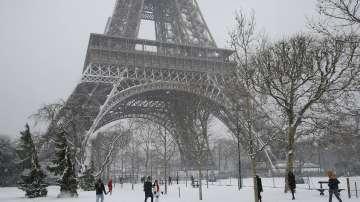 Айфеловата кула и днес остава затворена заради лошото време