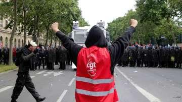 Протестите във Франция не стихват