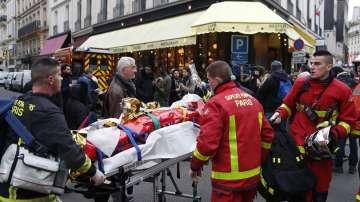 Пожар горя в жилищна сграда в Париж, няма пострадали