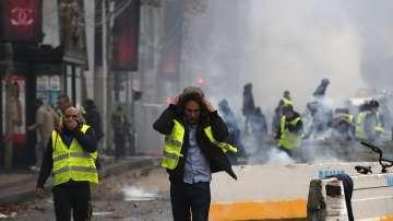 Първи присъди срещу жълтите жилетки във Франция