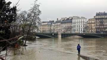 Лувърът е готов за евакуация заради покачване на водите на река Сена