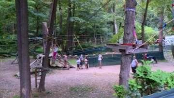 Общината в Благоевград набира инструктори за въжения парк край града