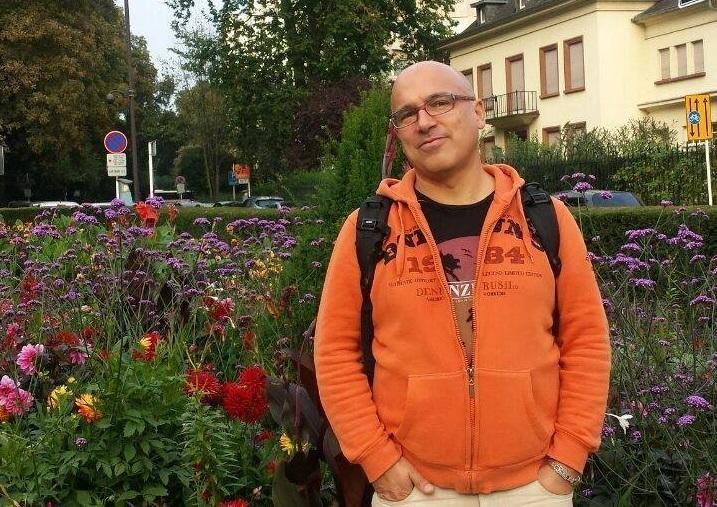 снимка 2 Отвъд границите: Орлин Чочов и страстта към езиците и книгите