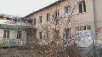 Спират временно строежа на многоетажен паркинг в центъра на Пловдив