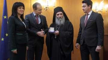Игуменът на Бигорския манастир в Македония получи Гражданската награда на ЕП