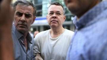 Турски съд освободи американския пастор Брънсън