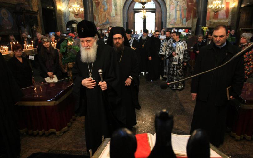 патриарх неофит християните вдъхновят подвига спасителя