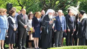 Патриарх Неофит отслужи молебен за Деня на славянската писменост и култура