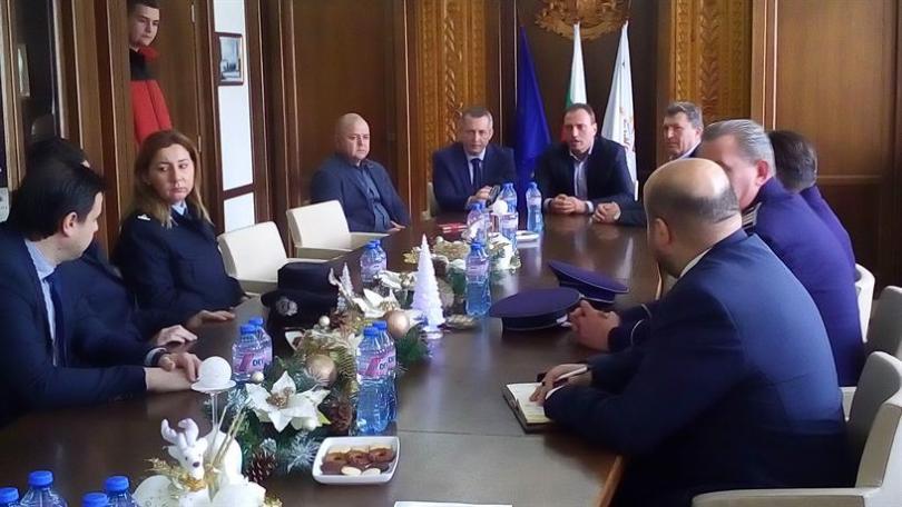 В Банско пристигнаха командировани гръцки и румънски полицаи, които заедно