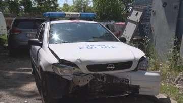 Пияна жена блъсна две патрулки и рани полицаи след преследване в Димитровград
