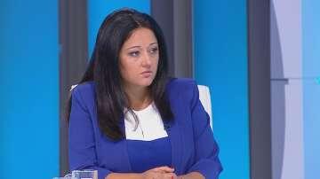 Лиляна Павлова подписа споразумение за партньорство с Камарата на строителите