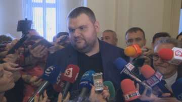 Пеевски ще предложи по-ниско ДДС за хляба и книгите