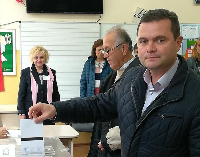 В Русе новият кмет беше обявен в малките часове на