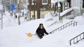 Над 130 см сняг блокира американския щат Пенсилвания