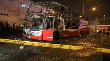 Автобус се запали в Перу, най-малко 20 загинаха