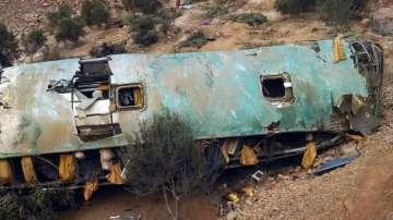 Най-малко 44 души загинаха при автобусна катастрофа в Перу