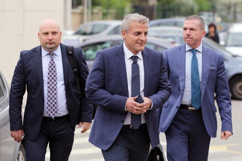 Не беше даден ход на делото срещу бившия здравен министър