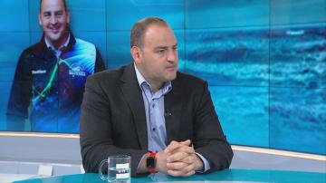 Петър Стойчев: Искам да дам път на младите