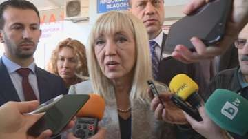 """Петя Аврамова: Няма да има забавяне при изграждането на тунел """"Жлезница"""