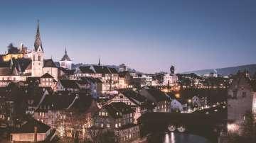 Швейцарците решават дали страната им да премине към суверенна монетарна система