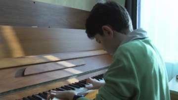 12-годишен пианист от Казанлък ще свири в Карнеги хол в Ню Йорк