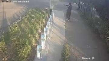 Мъж с пистолет унищожи устройство за велосипеди под наем в Бургас