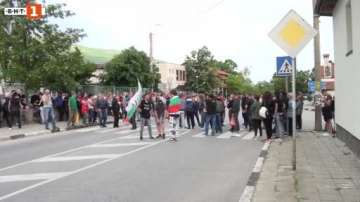 Жители на село Кърнаре блокираха подбалканската линия София - Бургас