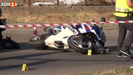 Моторист загина на място при тежък пътен инцидент край Сопот.