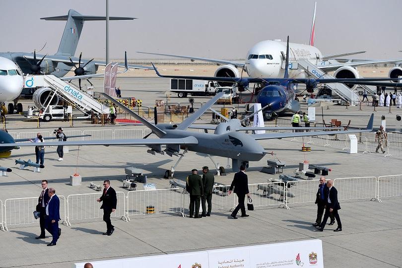 снимка 1 В Дубай започна най-голямото авиоизложение в света