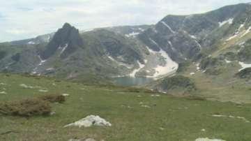 Планинският отряд от Дупница спаси израелско семейство с 4 деца в планината