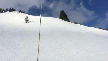 Висока лавинна опасност, предупреждават от Планинската спасителна служба
