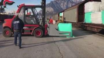В Италия заловиха тонове негодна пластмаса за България