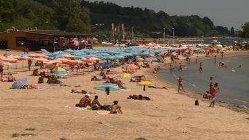 Откриха спасителни постове на 17 неохраняеми плажа във Варна и областта