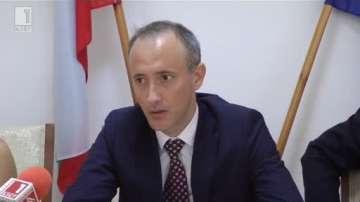 Механизмът за обхващането на децата става устойчив, заяви просветният министър