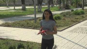 Ученичка от Долни Луковит спечели дрон от кампанията Влез в час с данъците