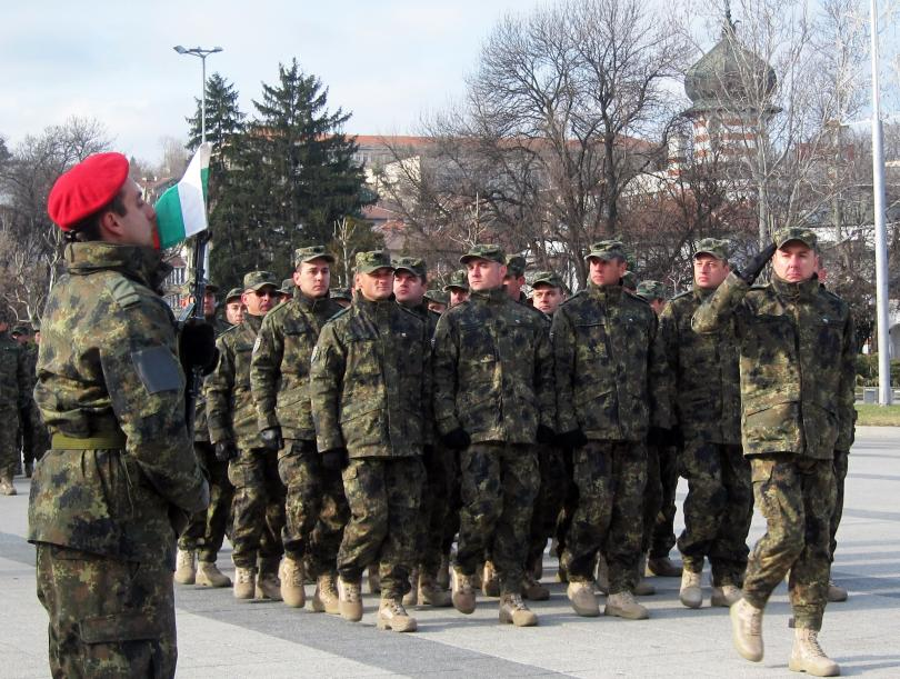 36-ият български контингент в Афганистан бе посрещнат тържествено в Плевен
