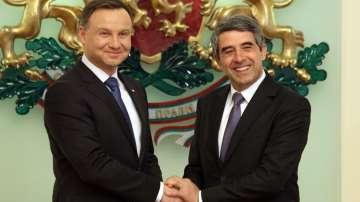 Президентите на България и Полша са за засилено присъствие на НАТО в региона