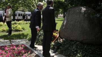 Президентът на Германия положи цветя на гроба на Иван Вазов