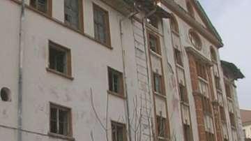 Кой е виновен за събарянето на тютюневия склад в Пловдив?