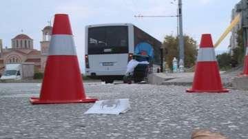 Автобус удари майка с количка на пешеходна пътека в Пловдив