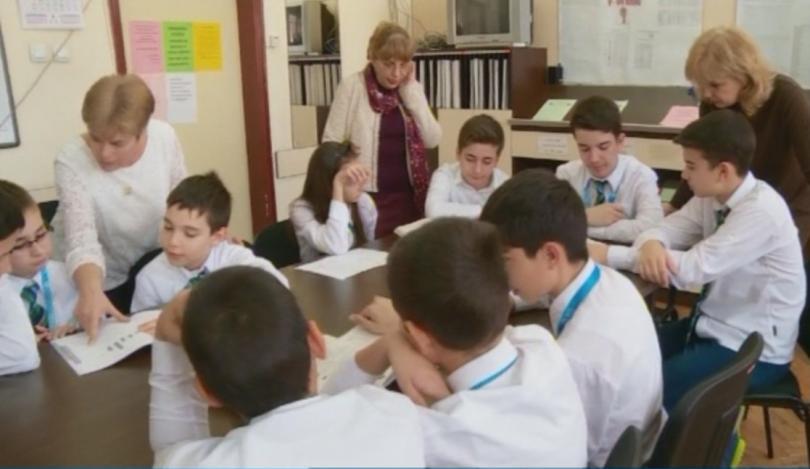 Снимка: Пловдив с 10 медала от Световното състезание по математика в Пекин