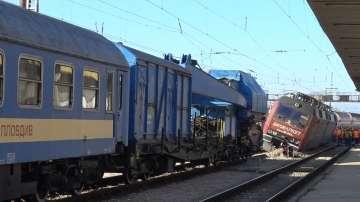 Разследват случая с дерайлиралия товарен влак на жп гара Пловдив