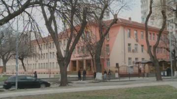 Обвиняват директор на пловдивско училище, че е ударил дете в час