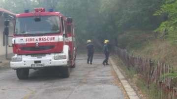 Все още бушува пожарът край селата Княжево и Срем