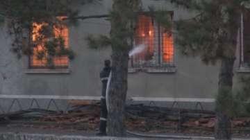Късо съединение е предизвикало пожара в склада на жандармерията в Бургас