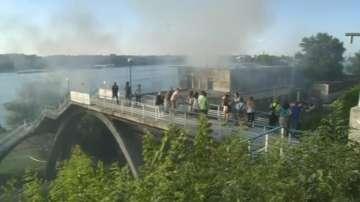 Пожар избухна в бивша гребна база в Русе