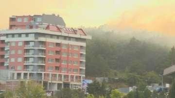 Пожар бушува близо до стадион Берое в Стара Загора