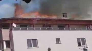 Правят повторен оглед на сградата в Студентски град, в която горя пожар