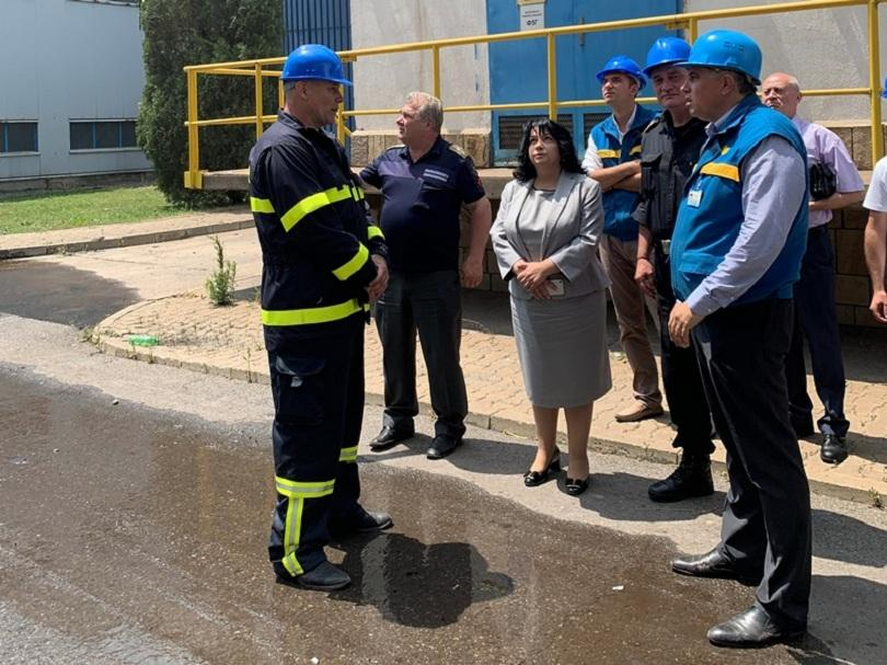 """снимка 1 Т. Петкова: Пожарът в """"Марица-Изток"""" няма да се отрази на енергийната система"""