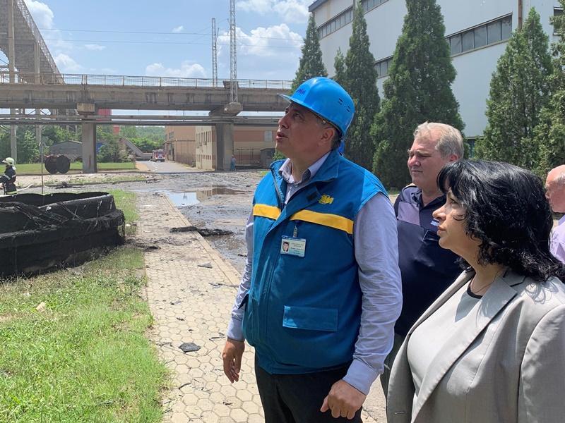 """снимка 2 Т. Петкова: Пожарът в """"Марица-Изток"""" няма да се отрази на енергийната система"""